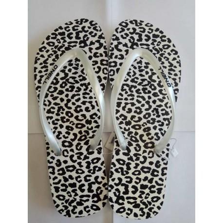 Animal print flip flops - size 38