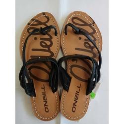 Blck/wht sandals - size 36,37,39