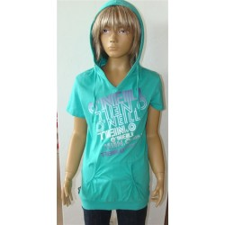 Hooded tee - size 152