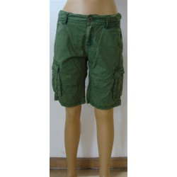 Green shorts - size 152